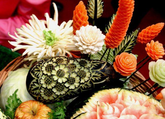 karving-iz-ovoshhej-i-fruktov-poshagovoe-foto_06