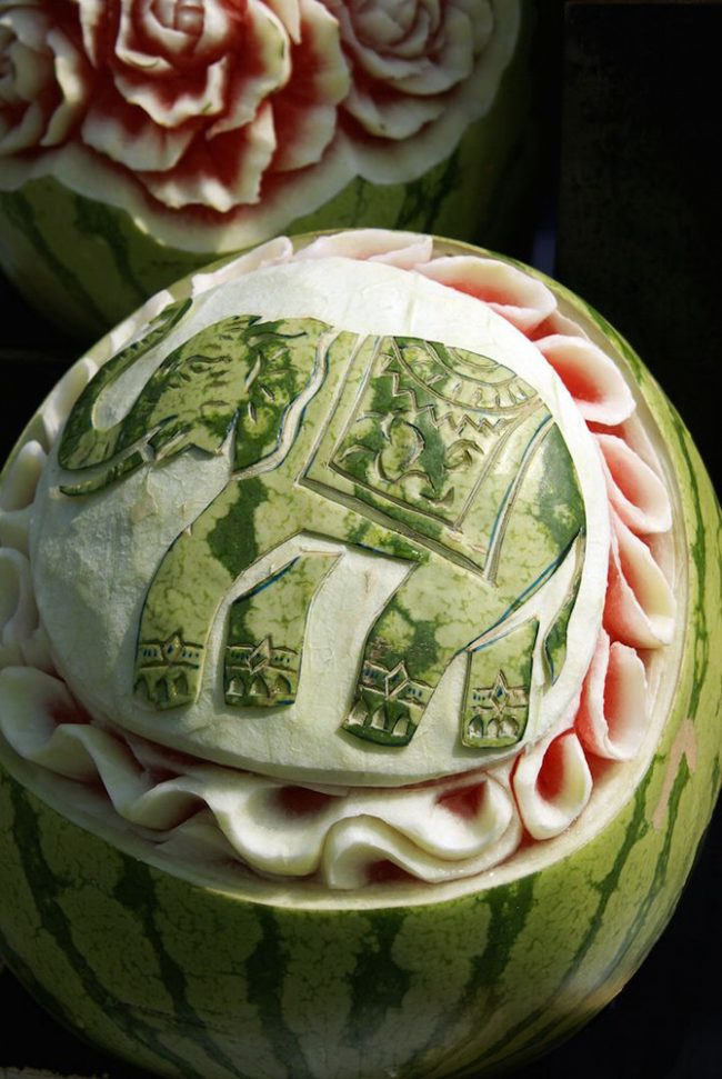 Karving-iz-ovoshhej-i-fruktov-poshagovoe-foto_08