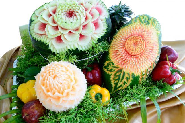Karving-iz-ovoshhej-i-fruktov-poshagovoe-foto_09