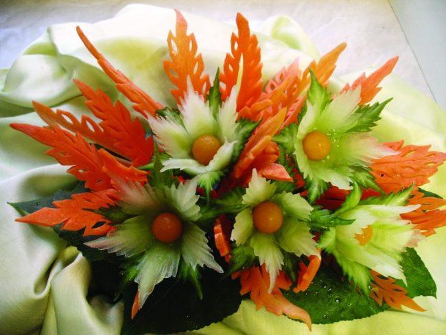 karving-iz-ovoshhej-i-fruktov-poshagovoe-foto_21