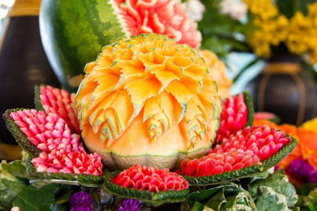 karving-iz-ovoshhej-i-fruktov-poshagovoe-foto_27
