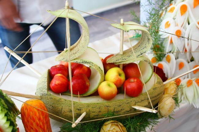 karving-iz-ovoshhej-i-fruktov-poshagovoe-foto_35