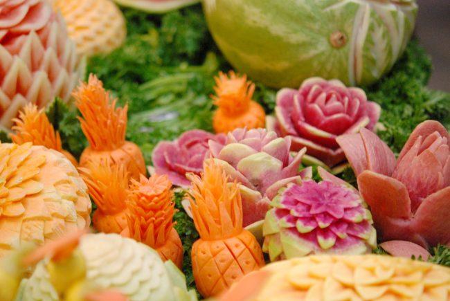 karving-iz-ovoshhej-i-fruktov-poshagovoe-foto_37