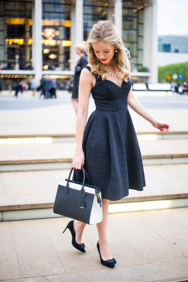 e86677668286 Маленькое черное платье должно быть в гардеробе каждой женщины, ведь это  универсальный вариант на все случаи жизни
