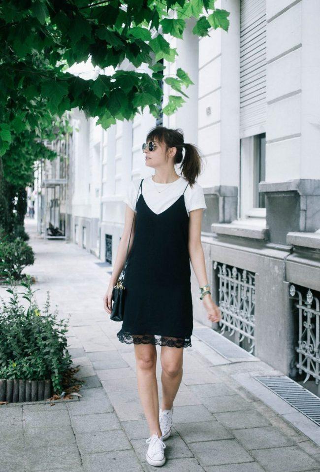 Malenkoe-chernoe-plate-foto-novinki_26-650x958 Черное коктейльное платье 2019 (56 фото)