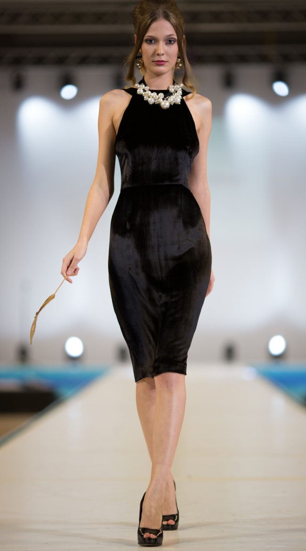Malenkoe-chernoe-plate-foto-novinki_32-650x1170 Черное коктейльное платье 2019 (56 фото)