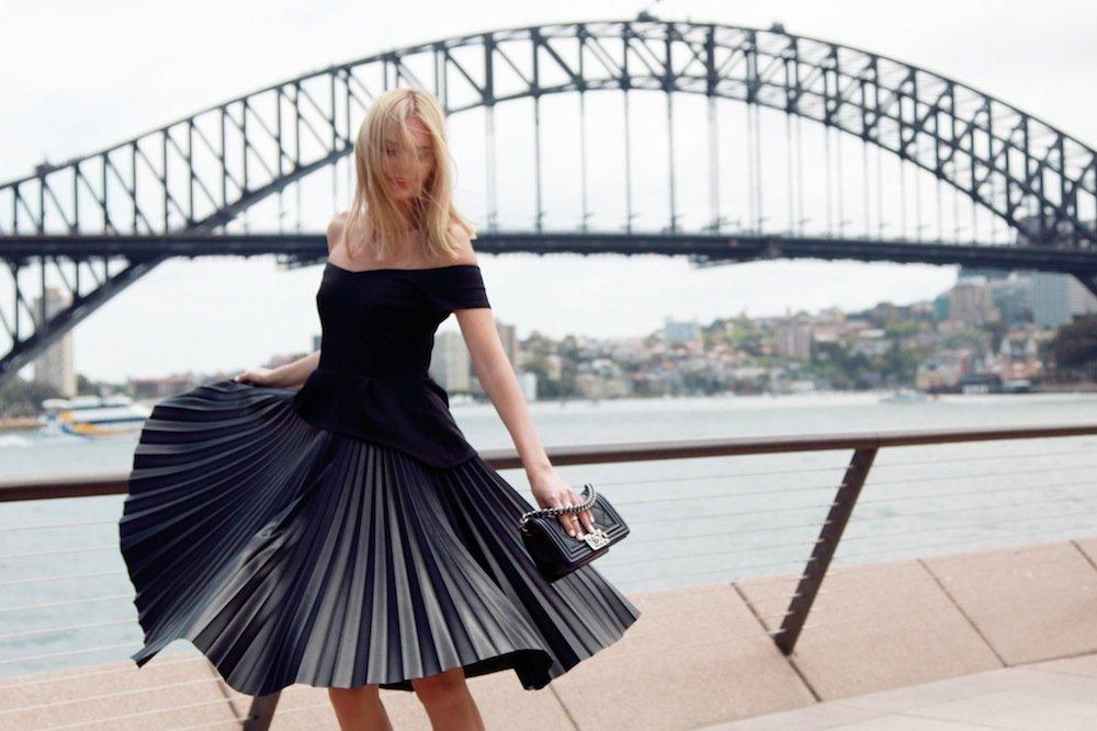 Malenkoe-chernoe-plate-foto-novinki_35 Черное коктейльное платье 2019 (56 фото)