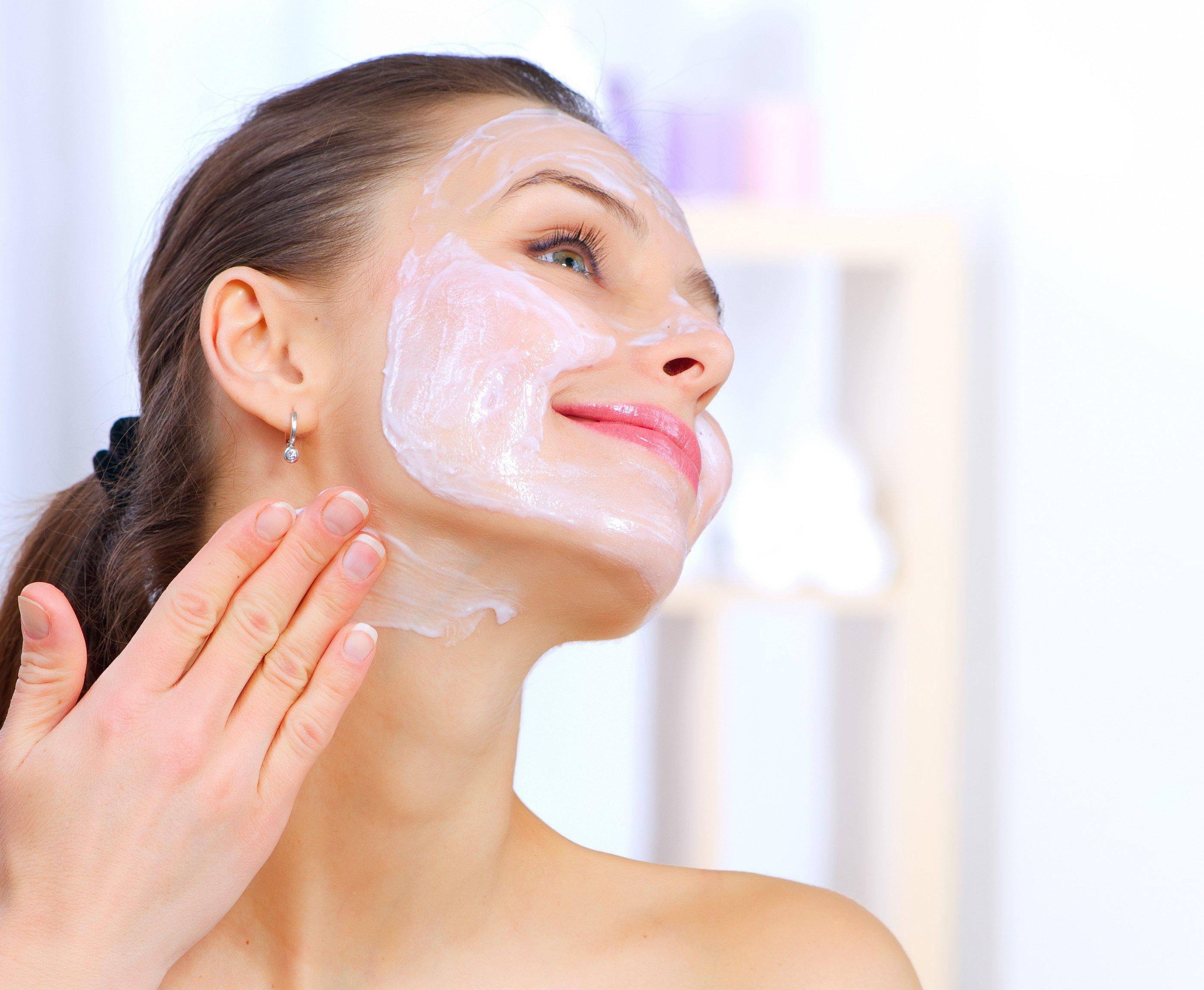 Ochishhayushhaya-maska-dlya-lica-v-domashnix-usloviyax_07 Как сделать очищающую маску для лица самостоятельно