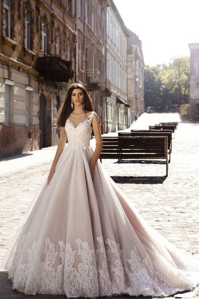 Свадебные платья цвета пудры