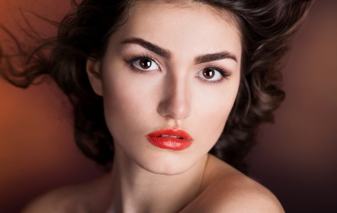 Which hair color is suitable for brown eyes10