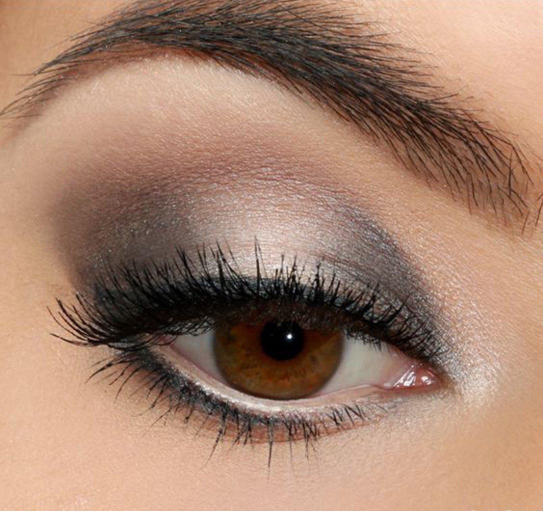 makiyazh-dlya-blondinki-s-karimi-glazami-foto_-46 Цвет волос для карих глаз. Фото оттенков волос и макияжа.