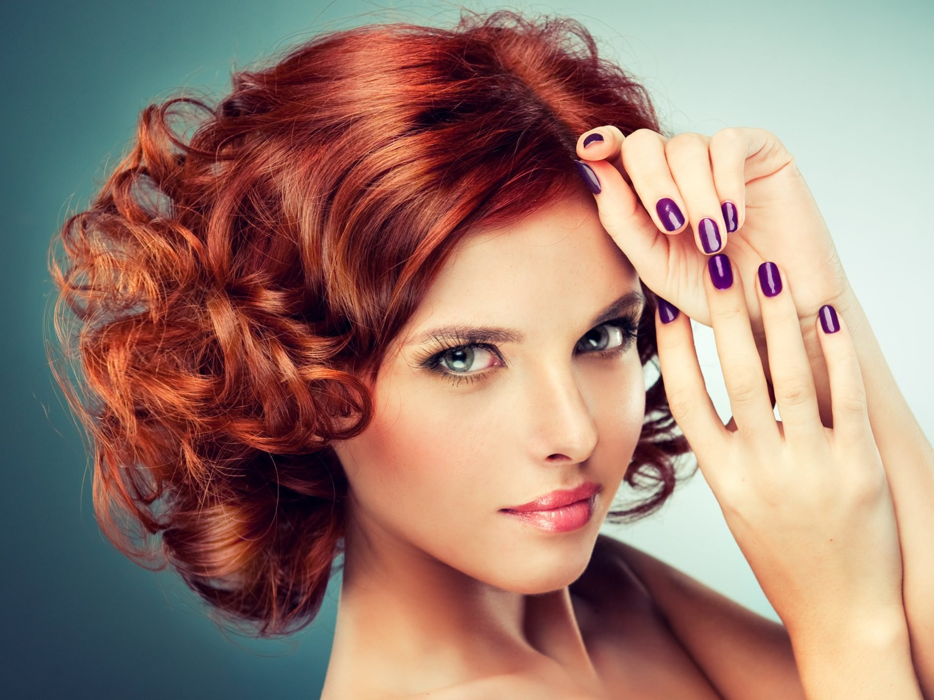makiyazh-dlya-ryzhix-volos-foto_-24 Цвет волос для карих глаз. Фото оттенков волос и макияжа.