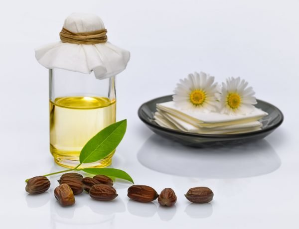 maslo-zhozhoba-svojstva-i-primenenie_-10