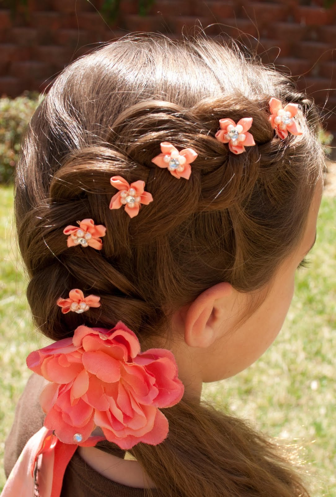 плетение простых косичек для девочек фото пошагово