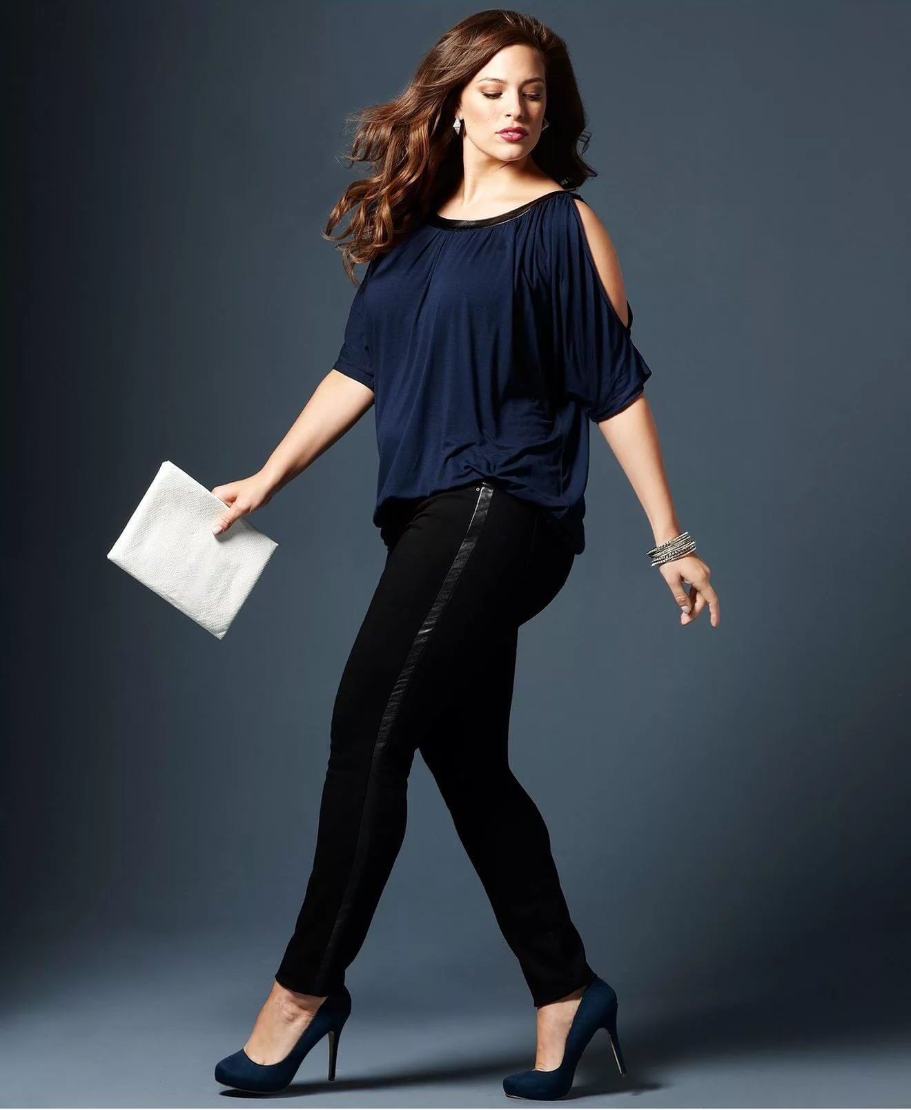 Trendy fashion for plus size 30