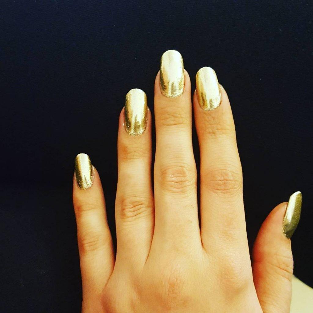 Ногти белое с золотым фото