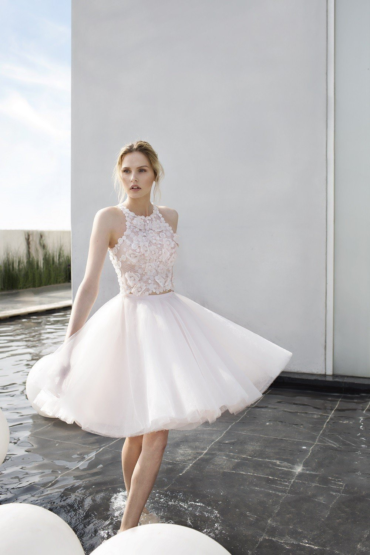 7cda49dc153 Белое короткое платье должно быть в гардеробе каждой модницы