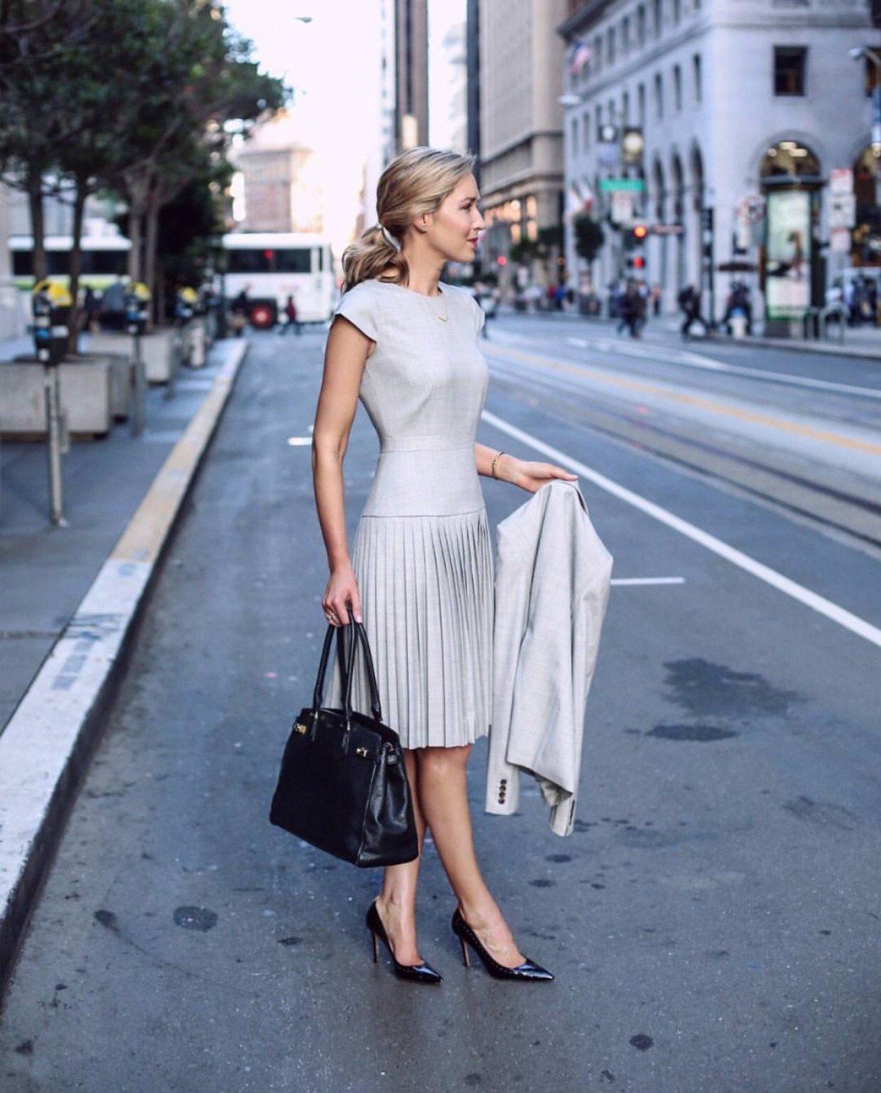 delovoe-plate-foto_-50 ТОП 10 самых красивых платьев в мире: рейтинг на фото