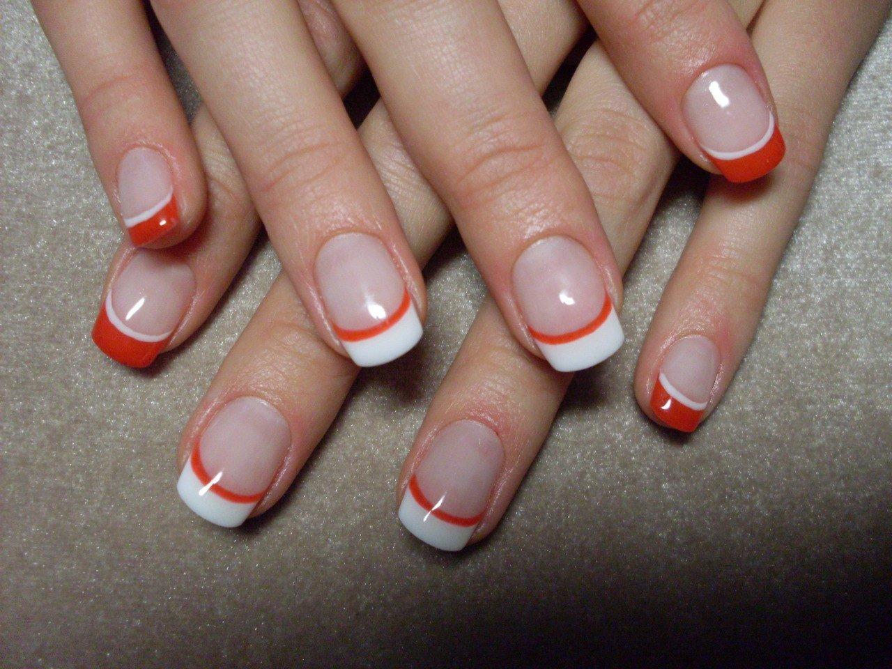 Фото летнего френча на короткие ногти