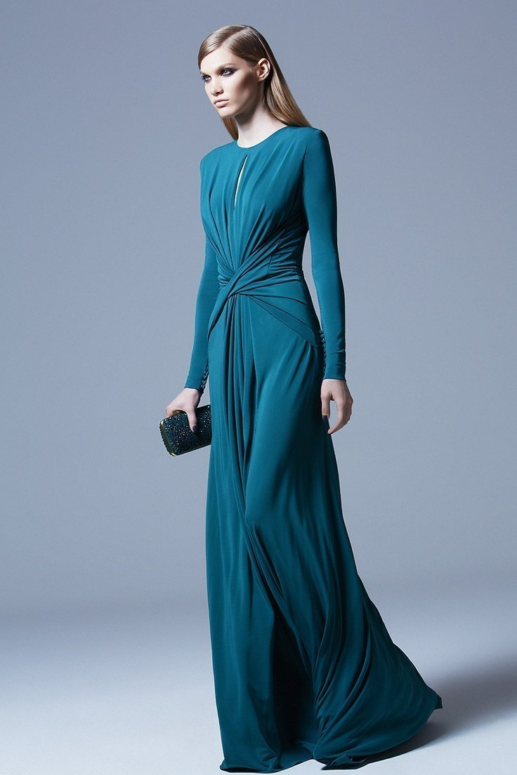 0e16c80130f Впервые идею подобного платья предложила Лидия Сильвестри