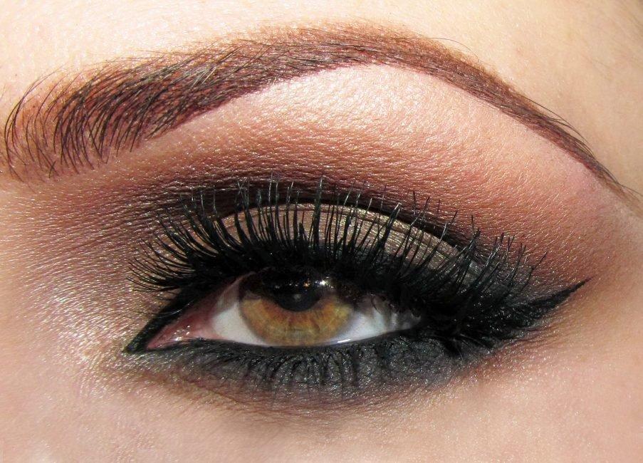 фото макияж для карезеленых глаз