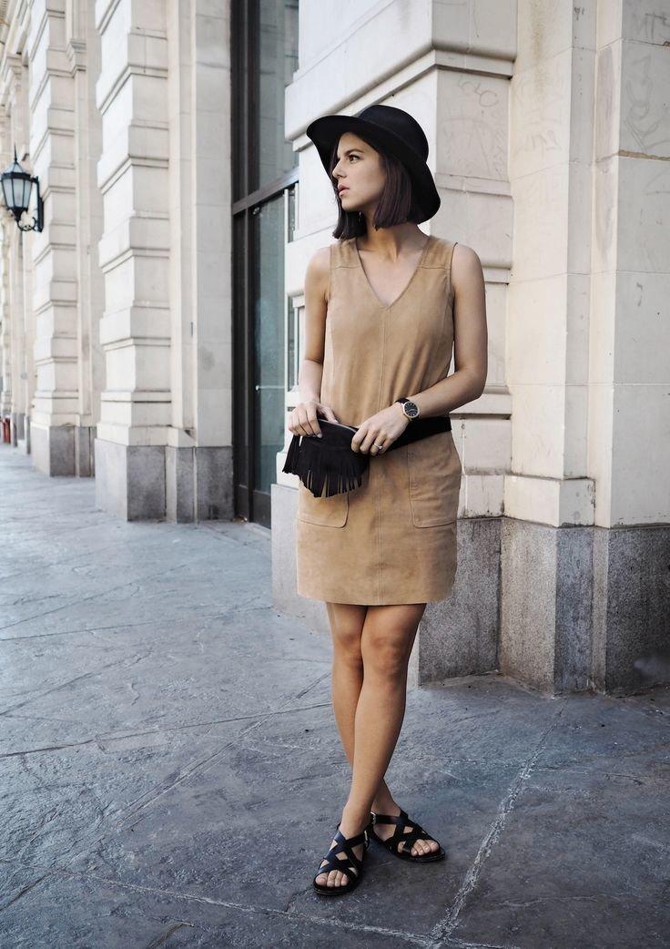 99c94c9b326 Платье такой цветовой палитры превосходно впишется в любые стили ...