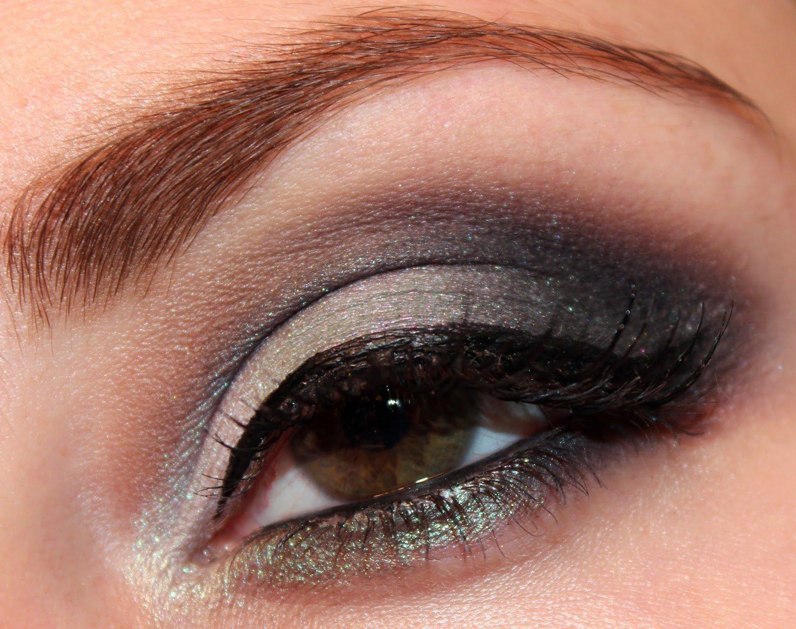еще, как макияж смоки айс для зеленых глаз фото распространенным вариантом