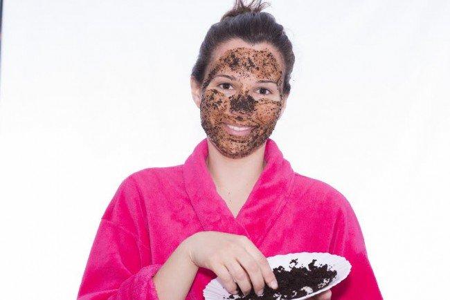 maska-iz-kofe-dlya-lica_ (7)