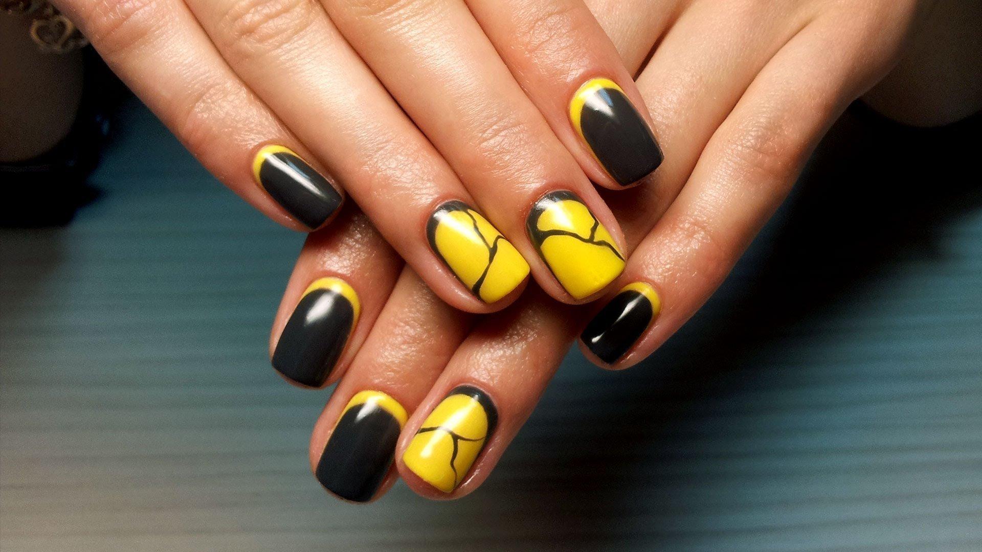 mramornyj-manikyur-foto_41 Мраморный маникюр: топ-8 стильных идей дизайна для ногтей