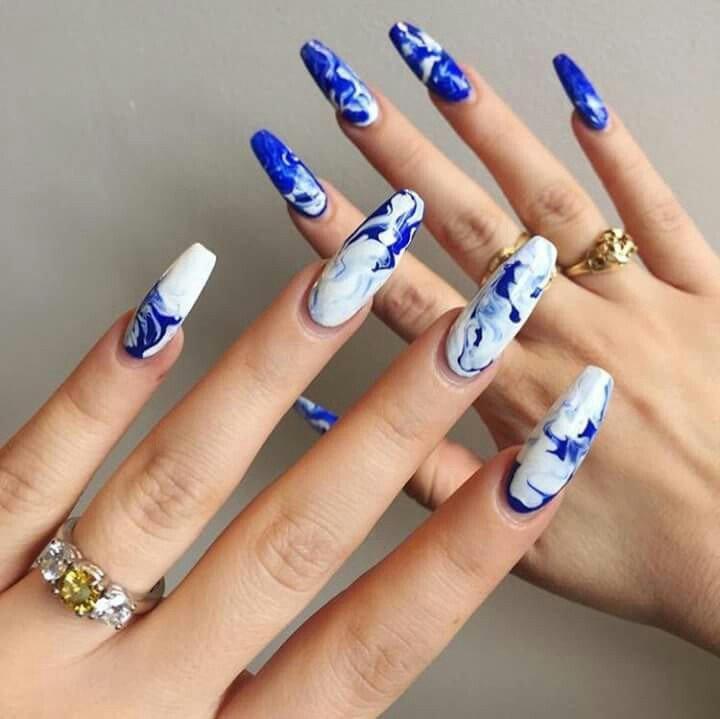 mramornyj-manikyur-foto_45 Мраморный маникюр: топ-8 стильных идей дизайна для ногтей