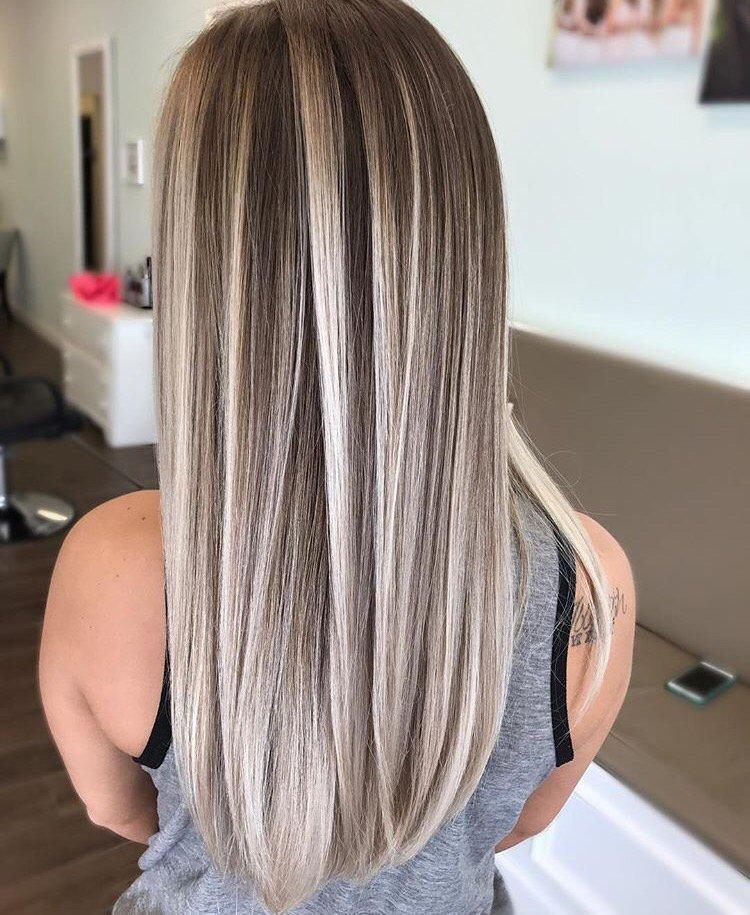 Очень светло-русый пепельный цвет волос фото