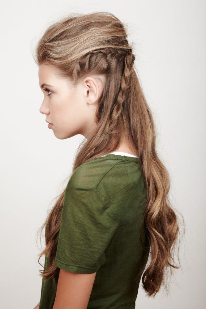 сайте прически с начесом и косами фото хорошее