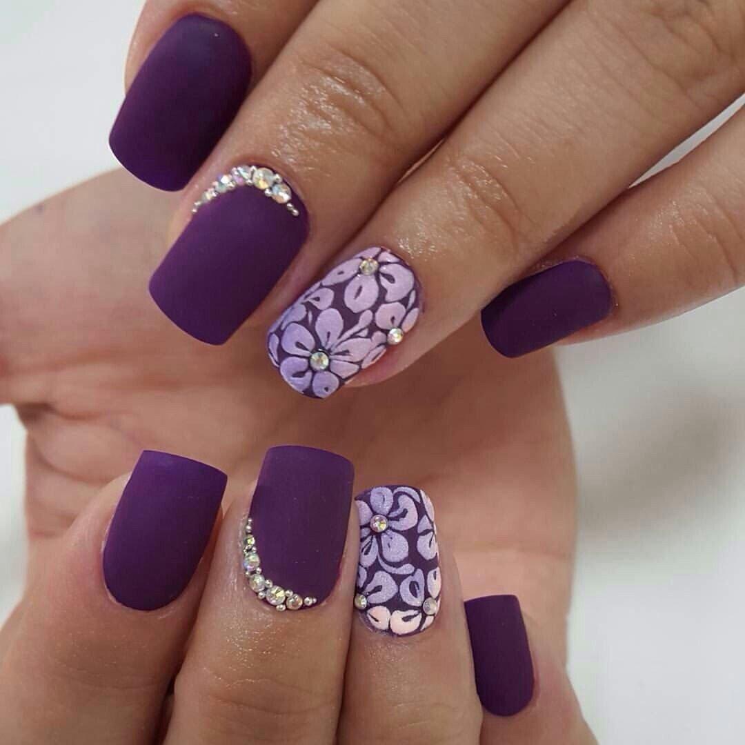 sirenevyj-manikyur-foto_42 Фиолетовый маникюр 2019-2020, фиолетовый дизайн ногтей, маникюр фиолетового цвета