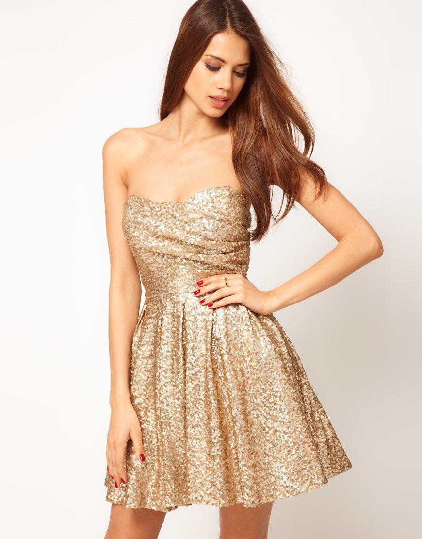 1bf9e86ebf67e4f В зависимости от золотого оттенка, такое платье можно подобрать для светлой  и смуглой кожи ...