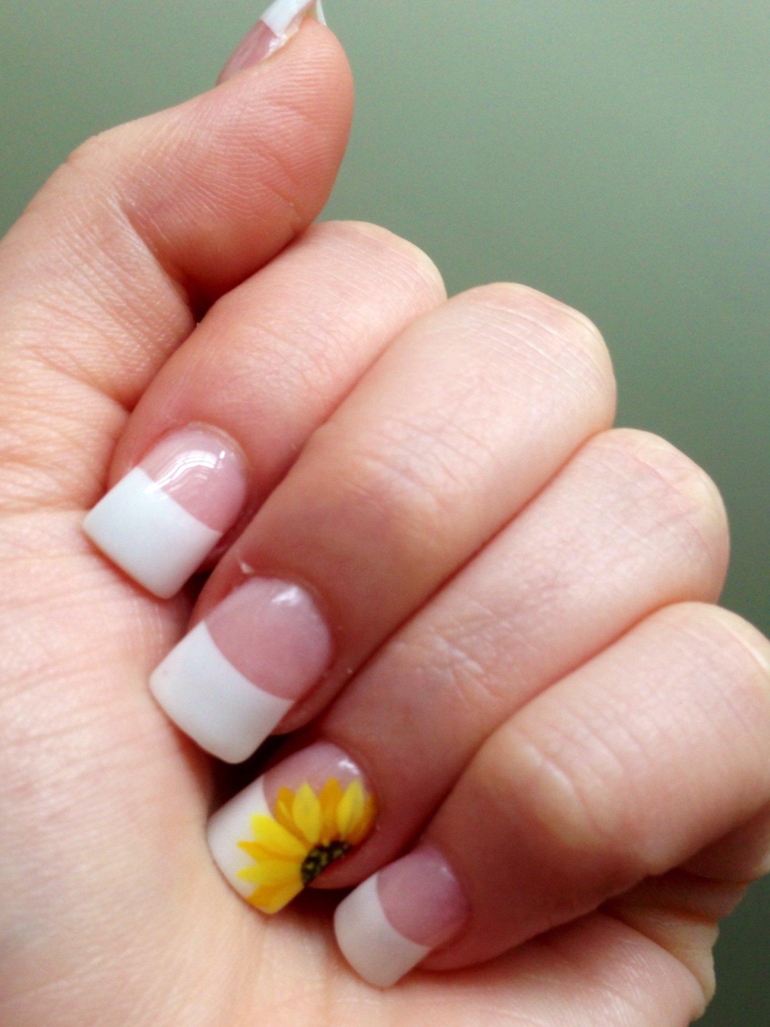 маникюр на короткие широкие ногти