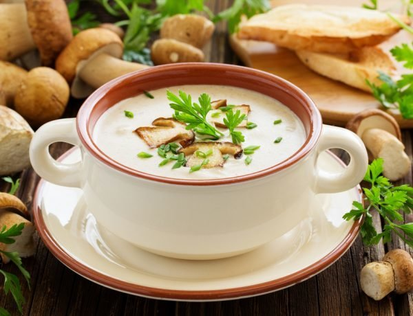sup-pyure-iz-shampinonov-so-slivkami-recept_ (3)