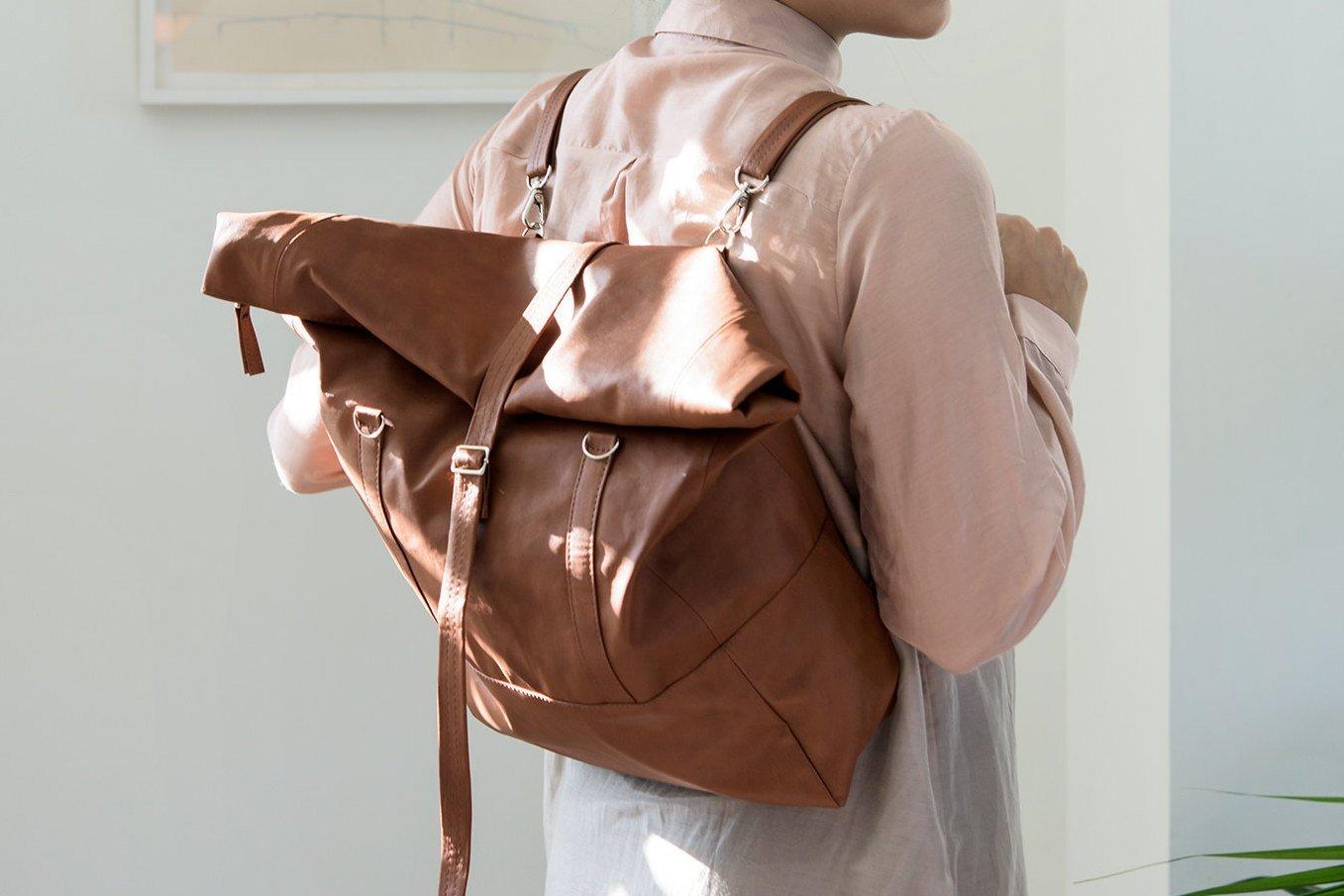7cef3640a0e7 Богатый ассортимент сумок-рюкзаков можно объяснить, прежде всего, их  универсальностью и практичностью ...
