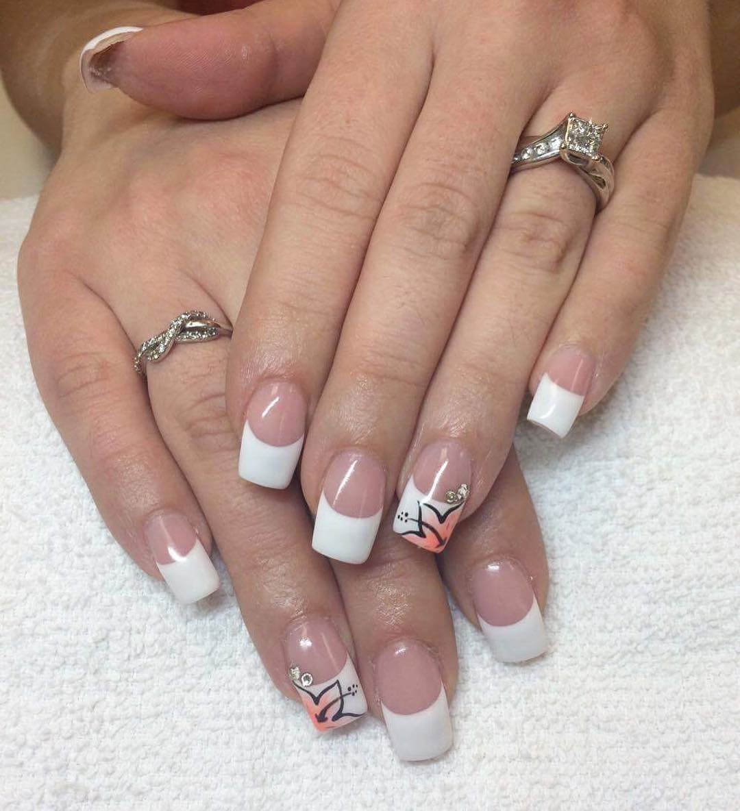 картинки белого френча на ногтях