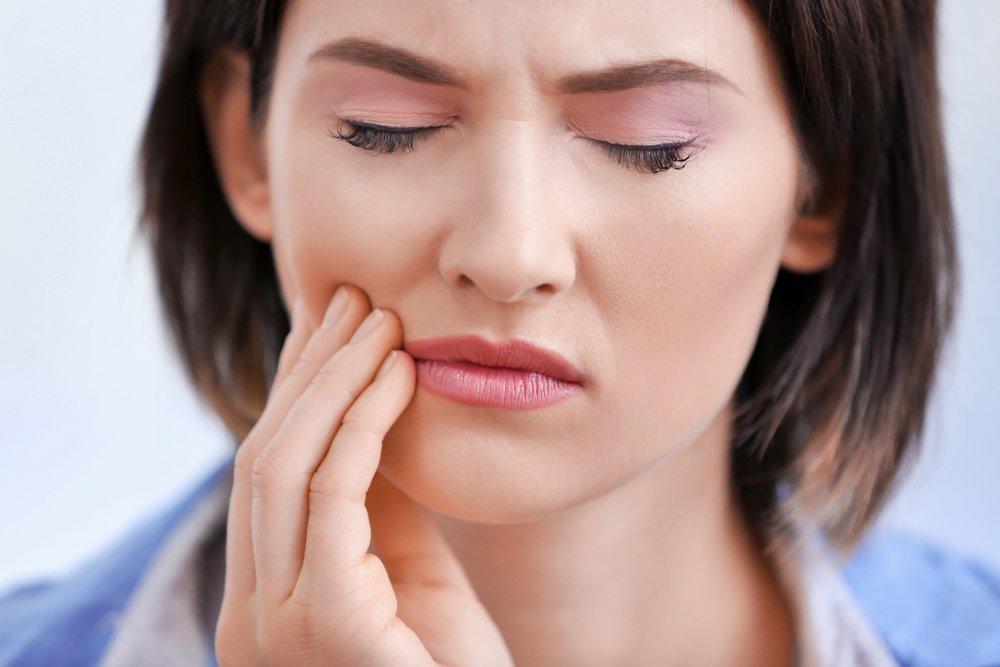 Что может помочь от зубной боли в домашних условиях