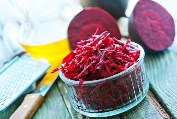 salat-svekla-s-greckimi-orexami-i-chesnokom_ (4)