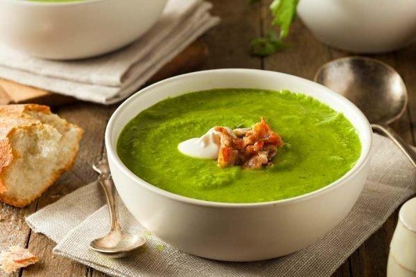 sup-pyure-iz-brokkoli-so-slivkami-recepty_ (1)