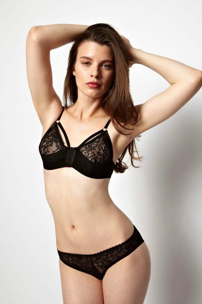 Галерея девушки фото с красивом нижнем белье со спины эротика, премиум порно онлайн с милф