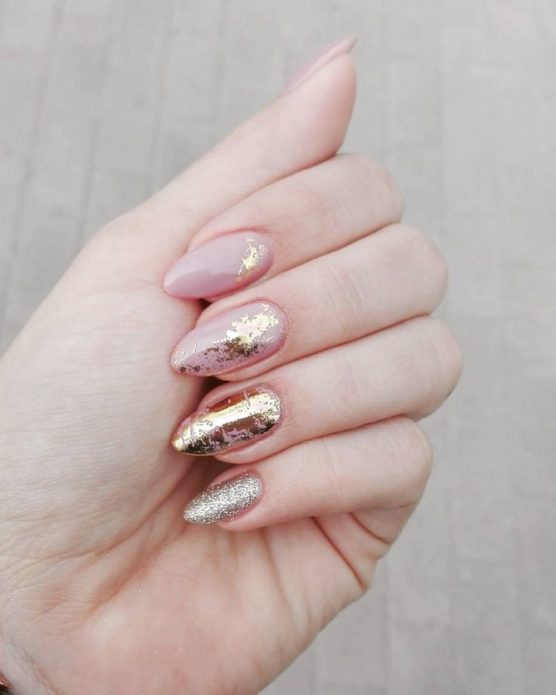 manicure with gold foil