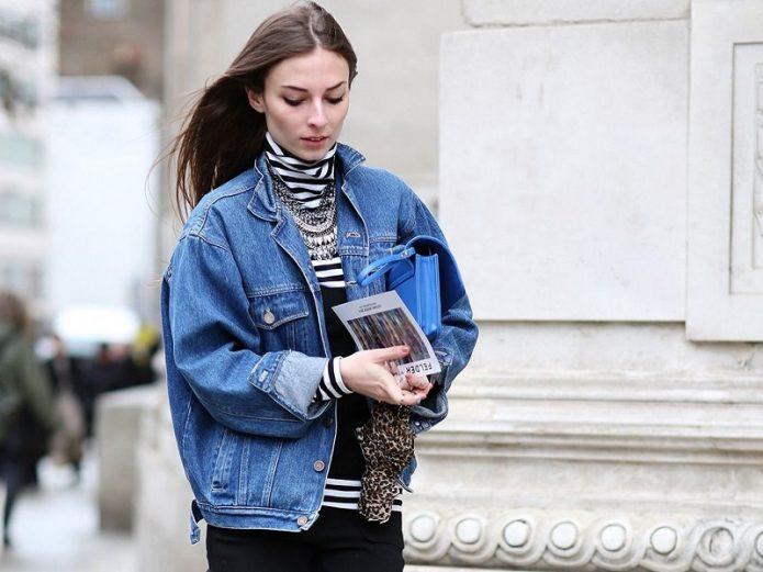джинсовая свободная приталенная куртка