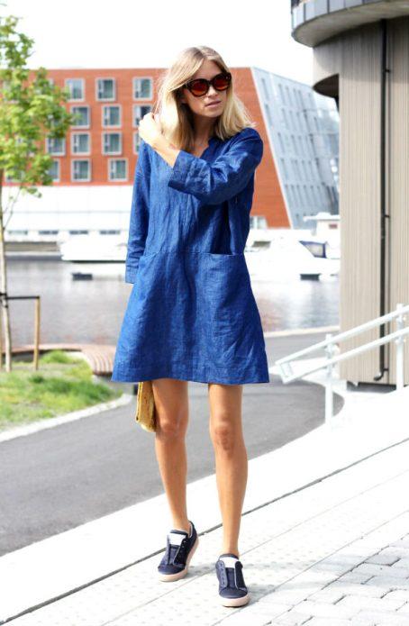 джинсовое платье образ кэжуал