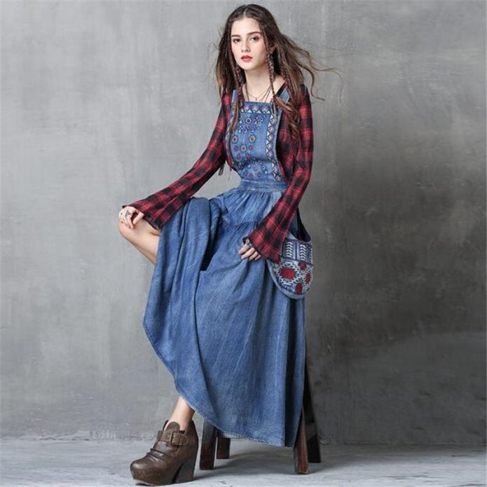 джинсовое платье и клетка