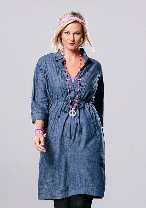 джинсовое платье с леггинсами