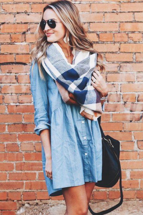 джинсовое платье с шарфом