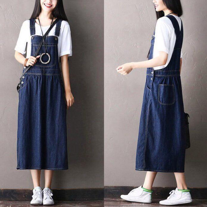 джинсовое платье и футболка