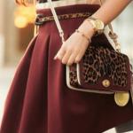 Короткая расклешённая юбка